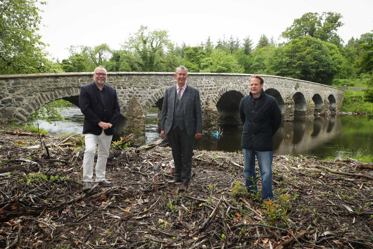 Minister Poots meets the farming team helping to protect Lough Neagh